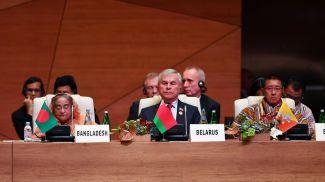 Владимир Андрейченко (в центре). Фото посольства Беларуси в Азербайджане