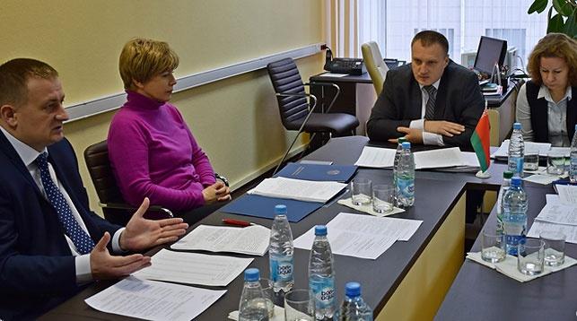 Во время заседания. Фото Совета по развитию предпринимательства
