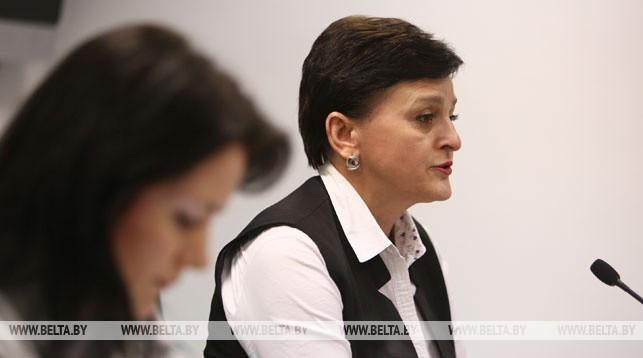 Нина Грабар во время пресс-конференции
