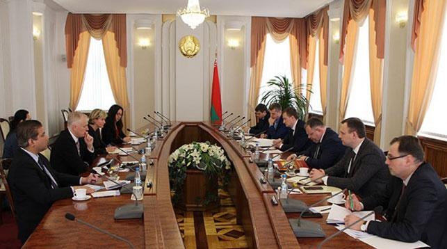 Во время встречи. Фото официального сайта Совета Министров