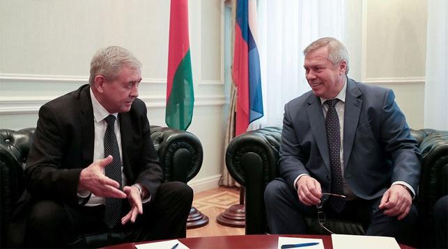 Владимир Семашко и Василий Голубев. Фото посольства Беларуси в России