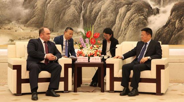 Во время посещения. Фото Генерального консульства Беларуси в Шанхае