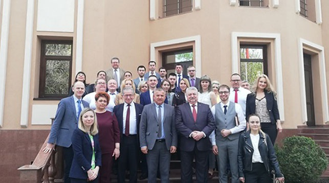 Участники встречи. Фото посольства Беларуси в Узбекистане