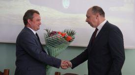 Павел Утюпин и Виталий Вовк. Фото Министерства промышленности