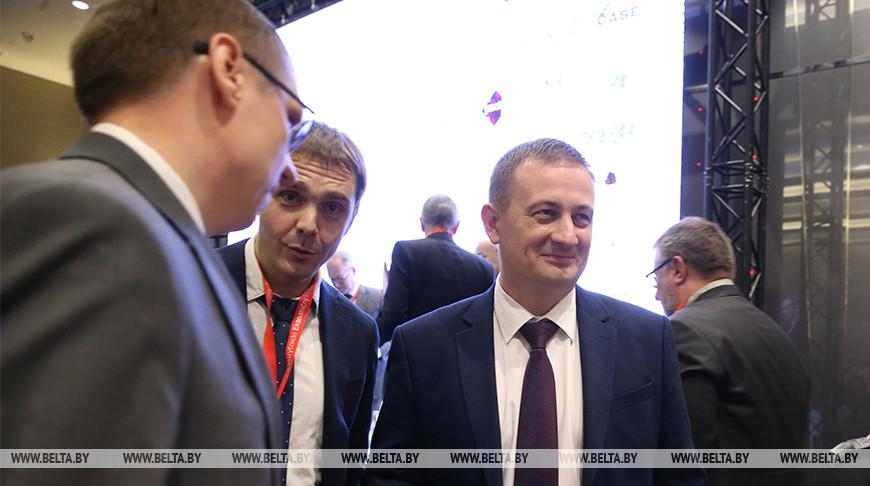 Александр Турчин во время работы форума