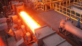 Производство горячекатаного проката. Фото из архива