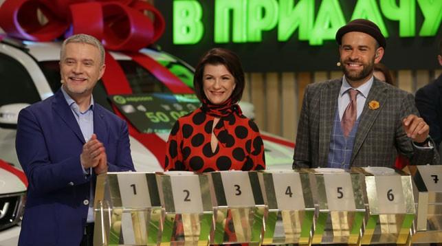 Накануне 8 Марта главный приз разыграла дирижер Белорусского государственного академического музыкального театра Марина Третьякова. Кстати, единственная женщина-дирижер симфонического оркестра в нашей стране!