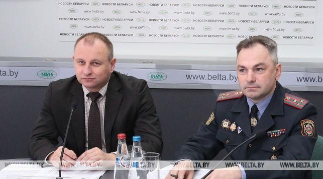 Эдуард Томильчик (слева)