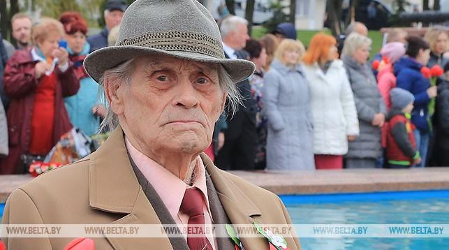 Ветеран Александр Петрушин. Фото Олега Климовича