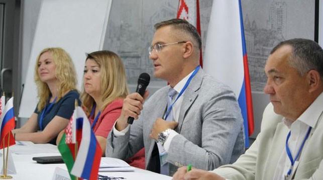 Во время заседания. Фото Парламентского собрания Союза Беларуси и России