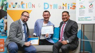 Анатолий Котов, Алексей Талай и Рашед Мустафа Сарвар. Фото официального сайта II Европейских игр