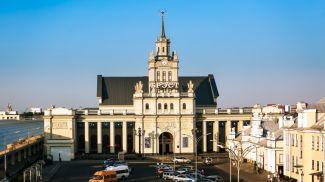 Достопримечательность из списка НАТ - железнодорожный вокзал г. Бреста. Фото из архива