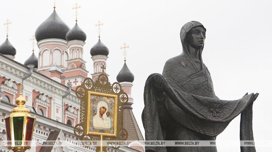 Скульптура Божьей Матери в Гродно. Фото из архива