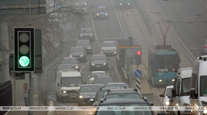 ГАИ напомнила правила безопасного вождения в туман