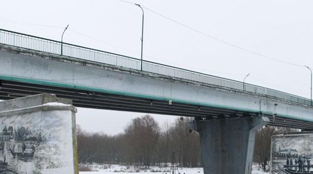 Мост через реку Пина. Фото   media-polesye.by