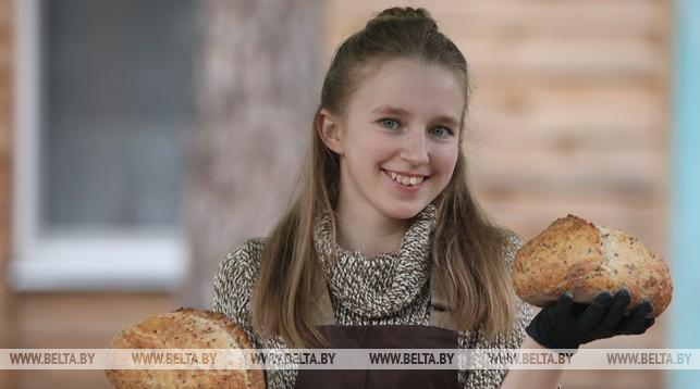Пекарь частной хлебопекарни Кристина Павлюченко