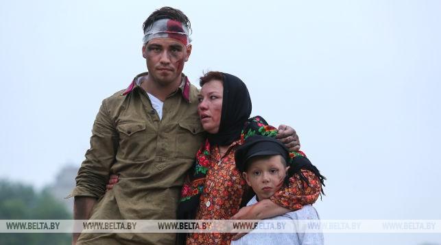 Белорусские и зарубежные реконструкторы воссоздали эпизоды обороны Брестской крепости