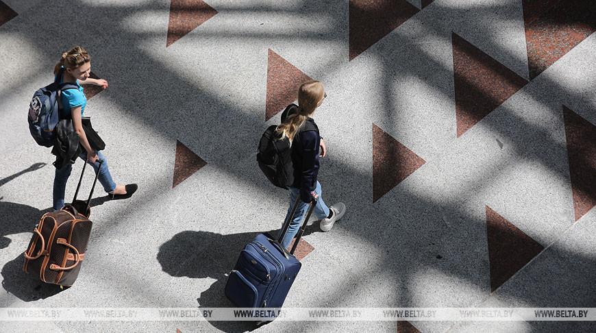 Поток безвизовых туристов в Брестскую область вырос почти вдвое