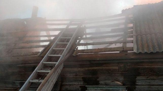 Пожар в д. Алексичи. Фото Гомельского областного управления МЧС