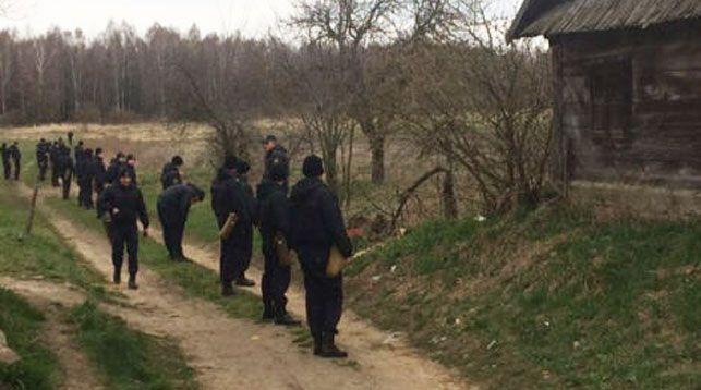 Правоохранители расширили зону поисков пропавшего в Каменецком районе малыша