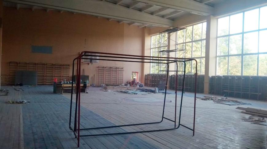 В Ляховичах из-за пожара в спортзале колледжа эвакуировали более 90 человек