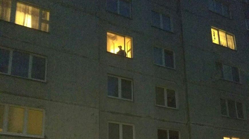 Прыгнувшего с многоэтажки мужчину в Гродно спас «куб жизни»