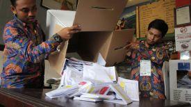 Во время подсчета голосов. Фото Reuters