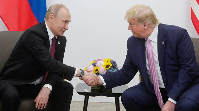Владимир Путин и Дональд Трамп. Фото ТАСС