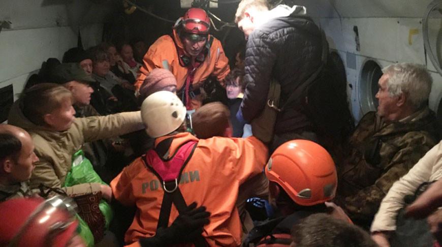 Во время эвакуации. Фото Главного управления МЧС по Иркутской области