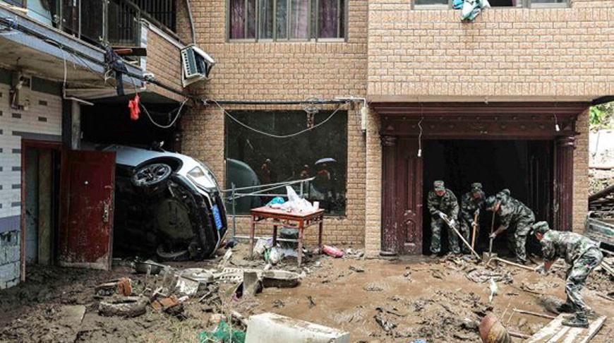 Последствия тайфуна. Фото   Reuters