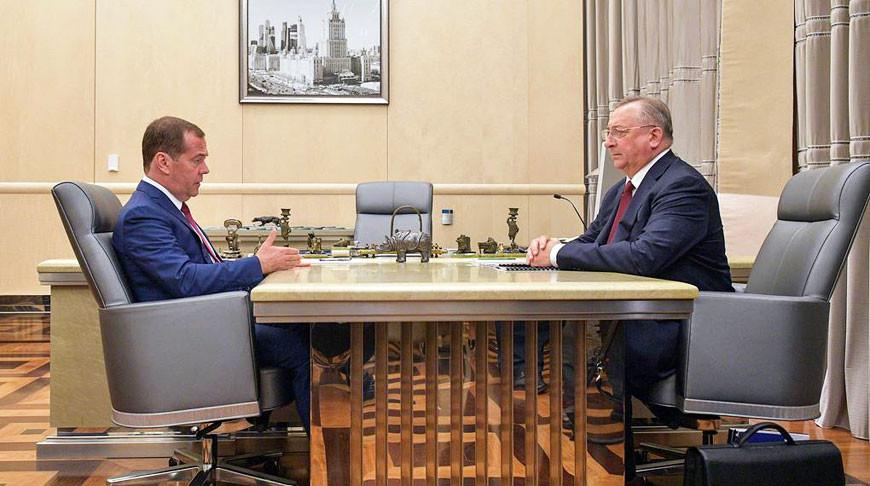 Дмитрий Медведев и Николай Токарев. Фото ТАСС