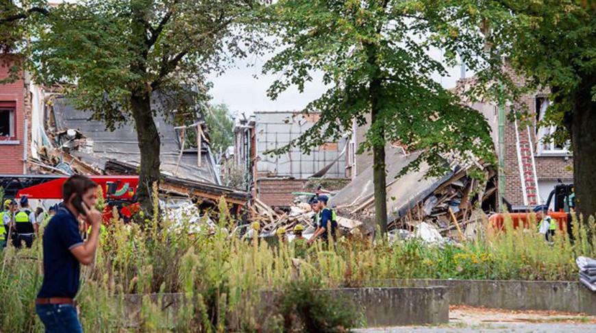 Мощный взрыв в пригороде Антверпена: разрушены три дома