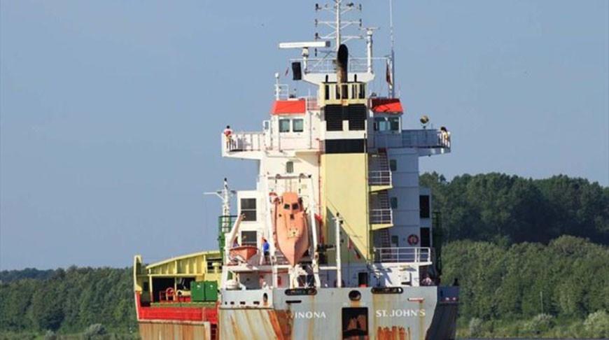 Один человек умер  впожаре  насудне с русским  экипажем вГермании