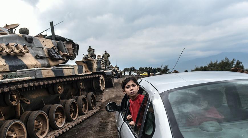 Во время стягивания войск турецкой армии к границе с Сирией. Архивное фото   AFP