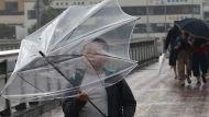 """В Японии объявлена высшая степень угрозы в связи с тайфуном """"Хагибис"""""""