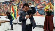 Эво Моралес вылетел из Боливии в Мексику