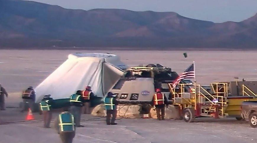 Американский космический корабль вернулся на Землю после неудачного полета к МКС