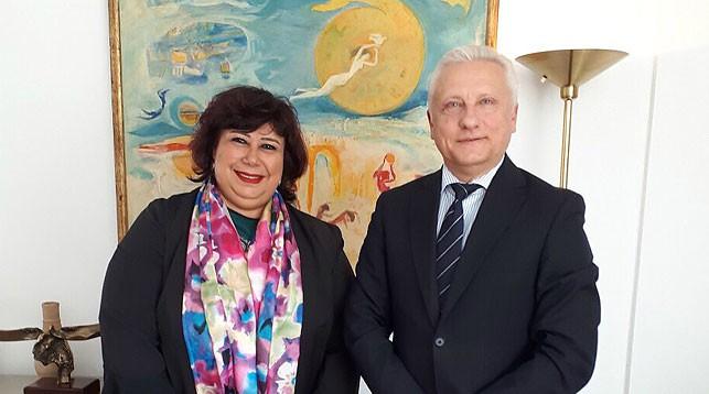 Инесс Абдельдаем и Сергей Рачков. Фото МИД