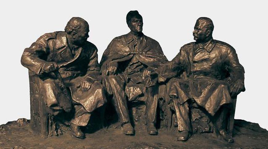 На Крымской конференции руководителей трех великих держав. Грубе А.В. Фото virtualrm.spb.ru