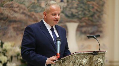 Выступает министр культуры Юрий Бондарь