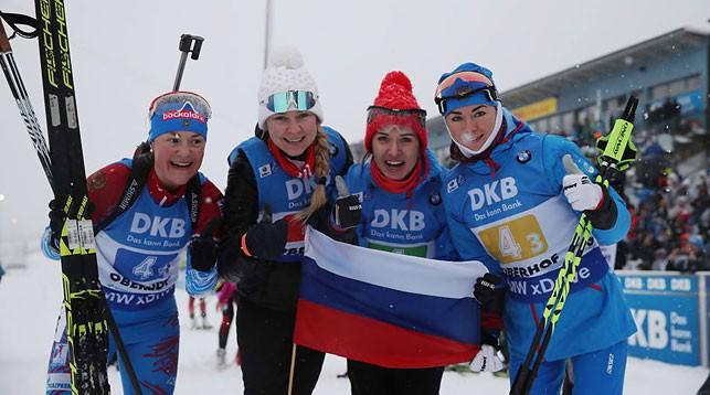 Ликование российских биатлонисток. Фото IBU