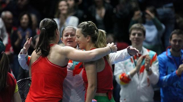 Лидия Морозова, капитан белорусской команды Татьяна Пучек и Виктория Азаренко. Фото Белорусской теннисной федерации