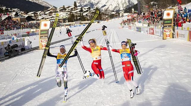 Фрида Карлссон, Тереза Йохауг и Ингвильд Флугстад Эстберг. Фото FIS