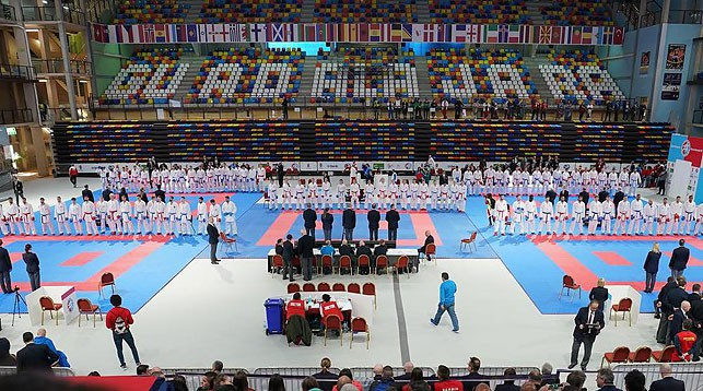 Во время чемпионата Европы в Гвадалахаре. Фото karate.ru