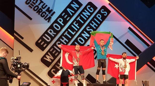 Фото Турецкой федерации тяжелой атлетики