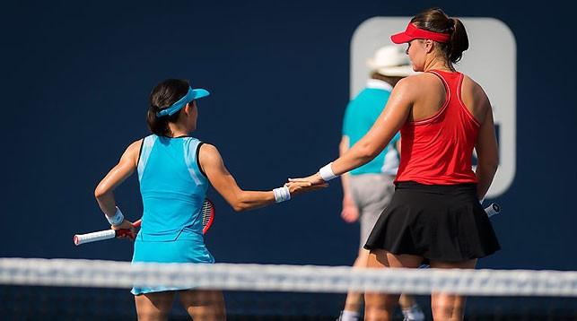Сюко Аояма и Лидия Морозова. Фото Jimmie48 tennis photography