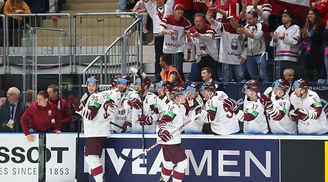 Во время матча Норвегия - Латвия. Фото IIHF