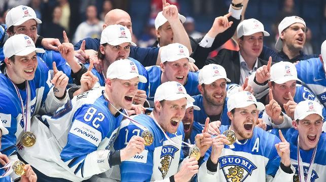 Хоккеисты Финляндии стали чемпионами. Фото IIHF