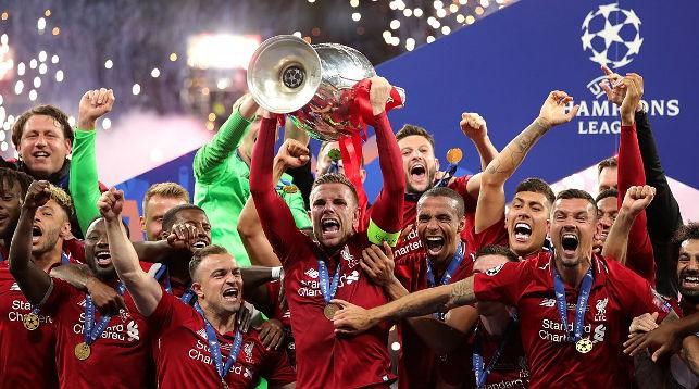 """Футболисты """"Ливерпуля"""" выиграли Лигу чемпионов. Фото официального twitter-аккаунта УЕФА"""