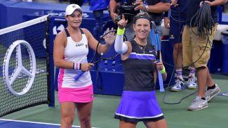 Эшли Барти и Виктория Азаренко празднуют выход в финал. Фото организаторов турнира